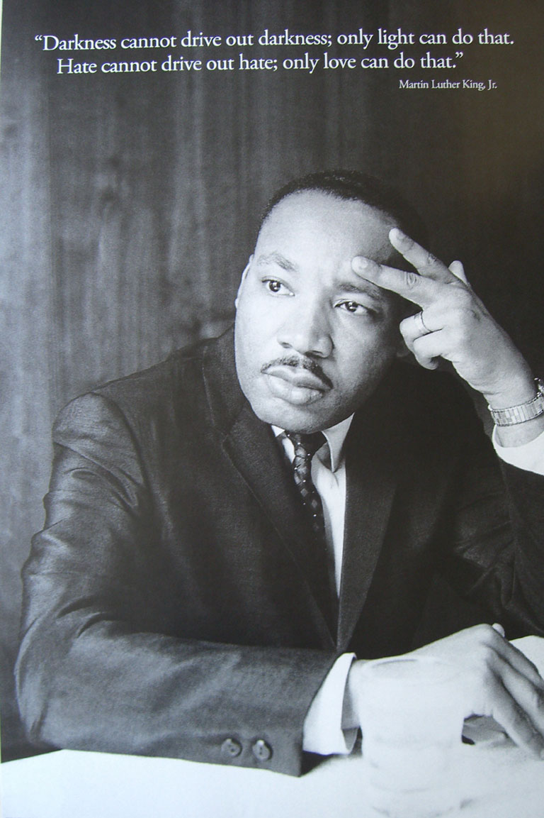 MARTIN LUTHER KING - DARKNESS - Poster / Display